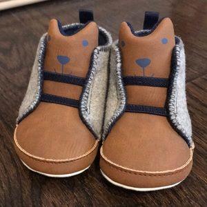 Carters NWOT mixed media shoe